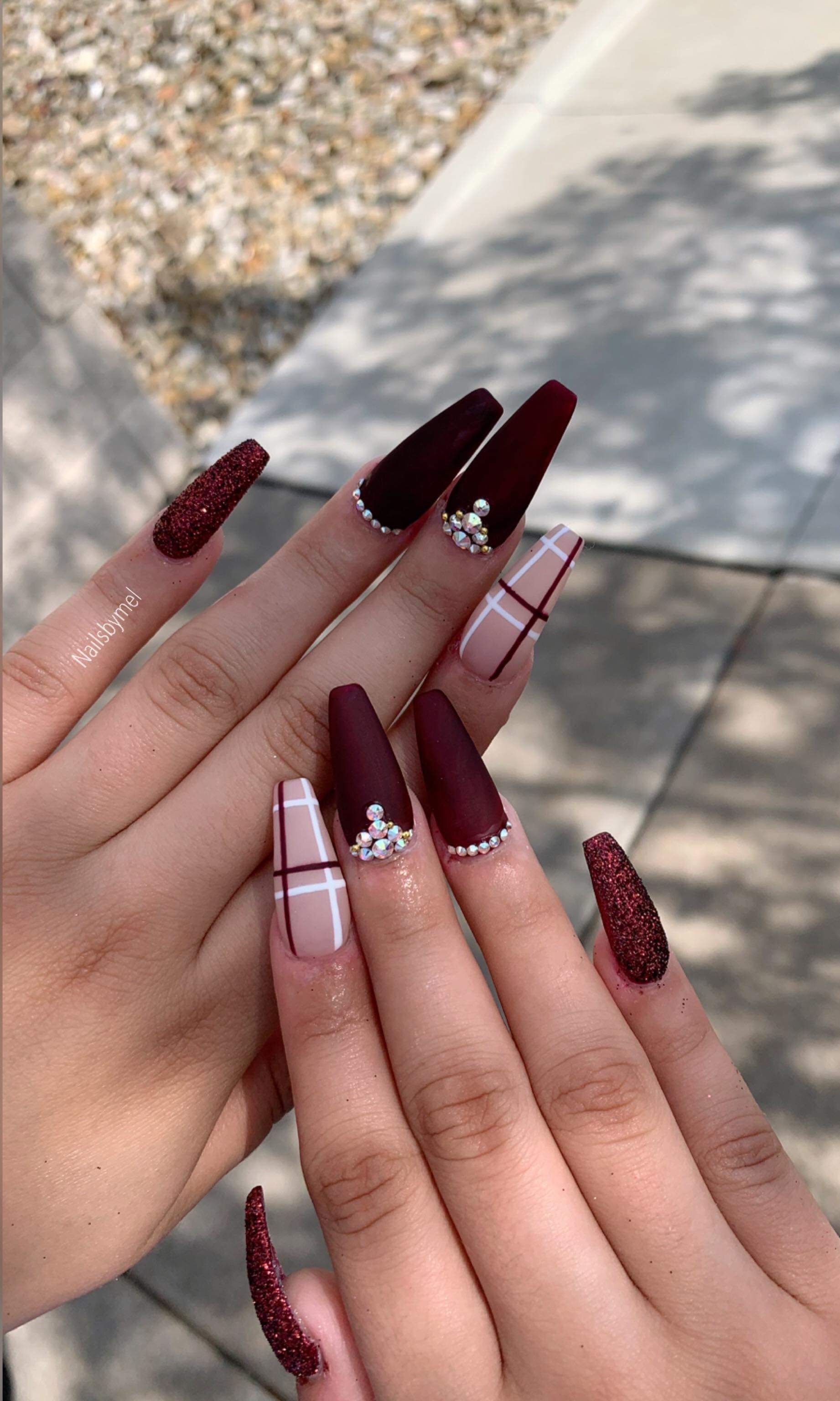 Remake Red Wedding Nails Fall Acrylic Nails Nails Design With Rhinestones
