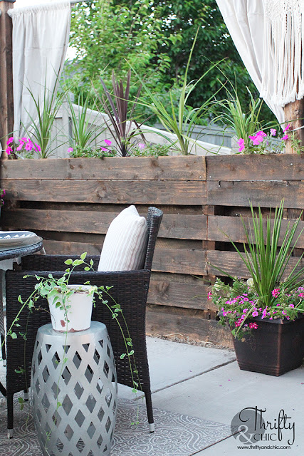 Outdoor Dining Space Decor And Decorating Ideas Diy Patio Dining