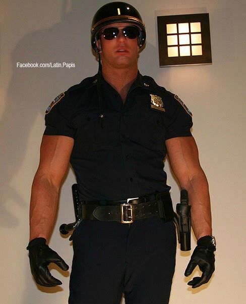 How is it hookup a cop