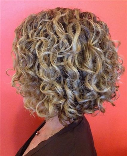 However Perming Is Permanent Hair Curling And There Are Many Types Of Perms For Thin Hair To C Short Permed Hair Curly Hair Styles Curly Hair Styles Naturally
