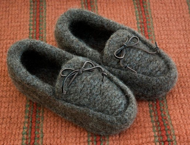 7d4797ed2d411 Mens Hand Knit Felted Wool Slipper Moccasins in by stillknitting ...