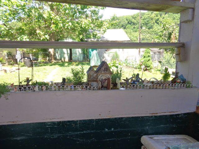 Mom's favorite garden.  Fairy Garden # 8.