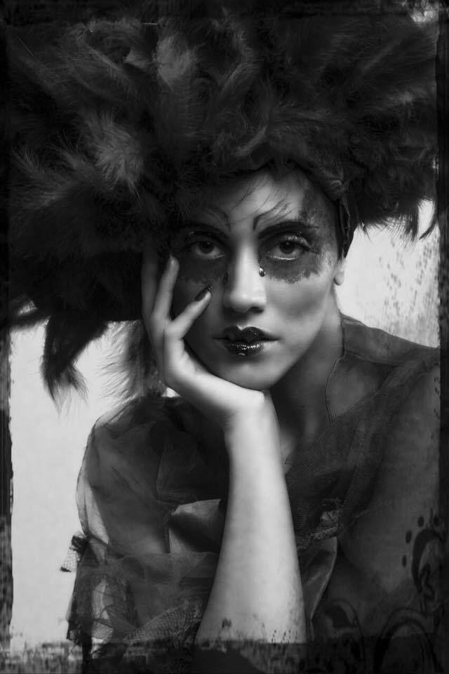 """Shooting """"Fashion Animals"""" 27 de Septiembre de 2015; Fotografía: Gema Muños Jandra; Modelo: Joana Alcolea; Mua: Sux make ups!; Nails: Neo Beauty; Vestido: Inma Castrejon;"""