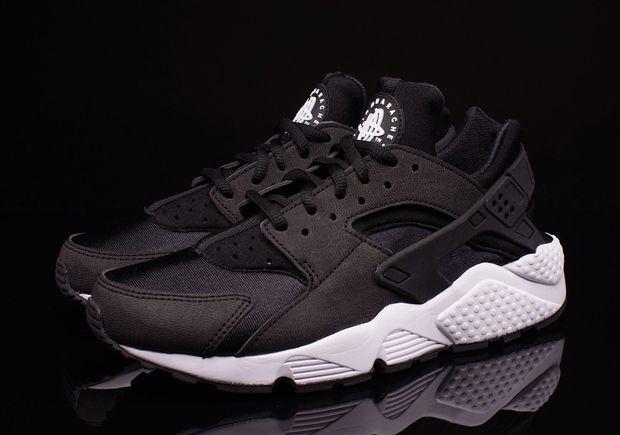 91551a010f Nike WMNS Huarache - Black - Black - White | Sneakers | Black ...