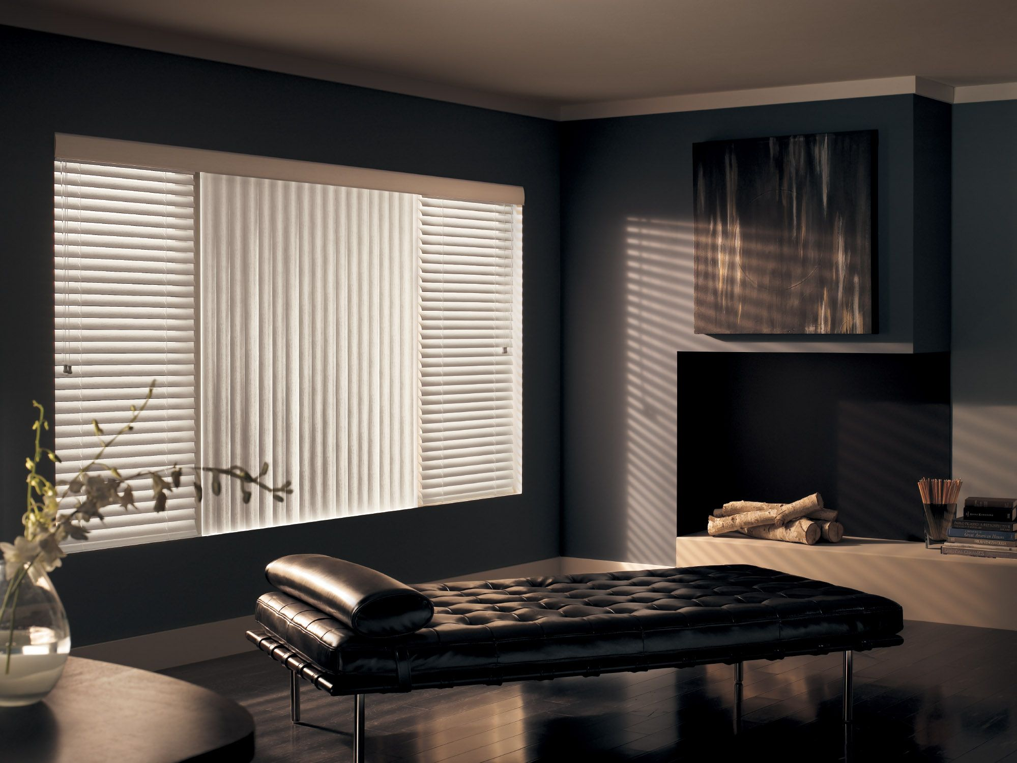 Horizontal And Vertical Blinds Used As A Contrast Love It Big Windows Living Room Living Room Blinds Living Room Windows