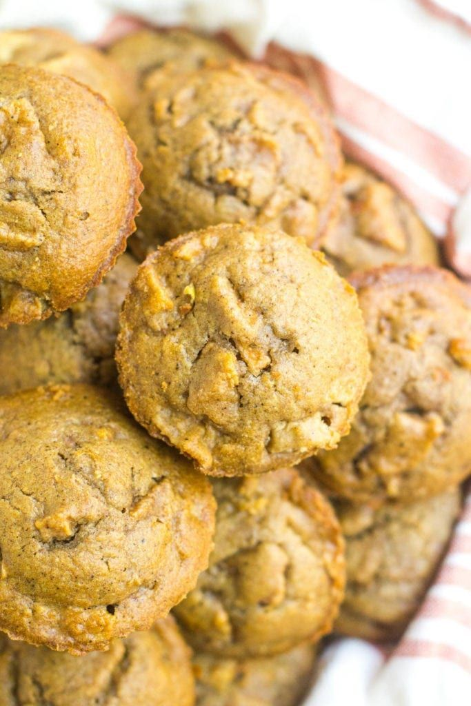 Healthy Apple Muffins - The Clean Eating Couple