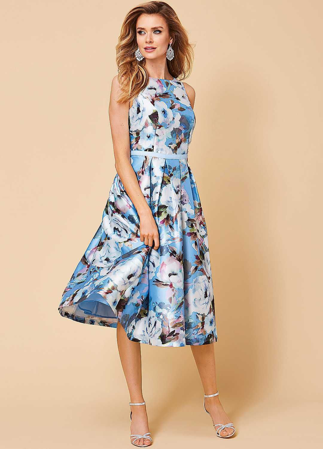 Bold floral prom dress in 2020 dresses floral prom