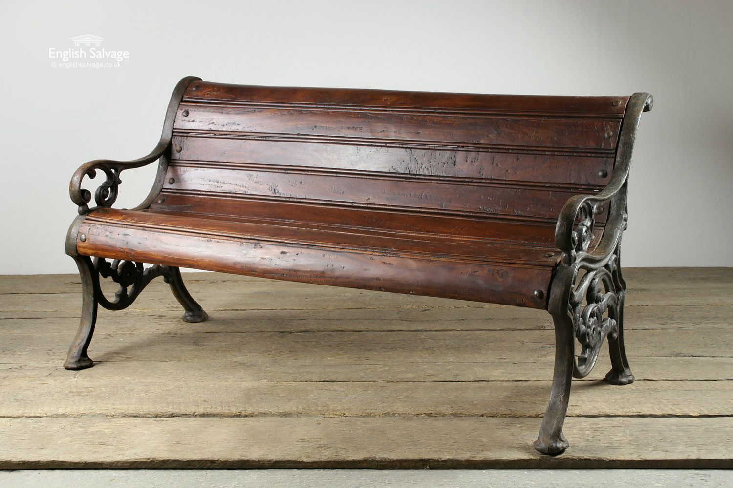 Old Cast Iron And Dark Wood Garden Bench With Images Iron