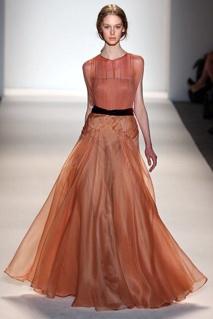 Jenny Packham stunning retro dress for this fall