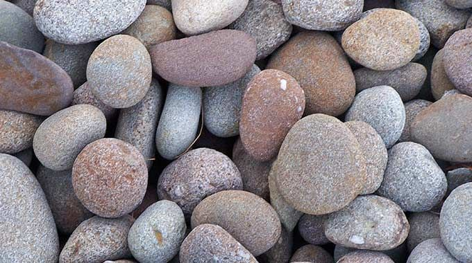 Decorative Gravel Hudsonvalley River 680x380 Jpg 680 380 Landscaping With Rocks Stone Landscaping Stone Decor