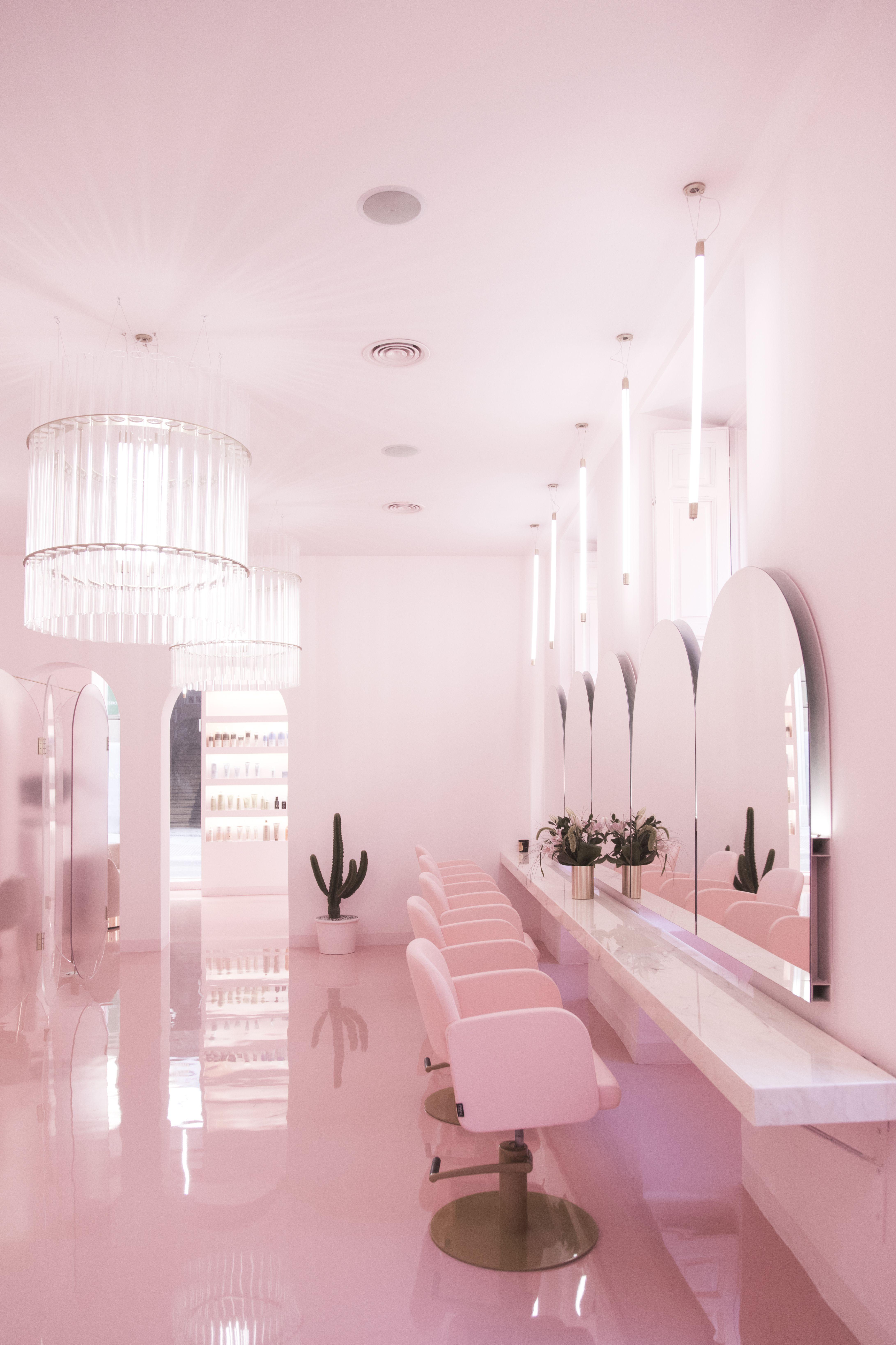 Pin By Pahi Barcelona On Salones Pahi Salon Interior Design Salon Interior Beauty Salon Decor