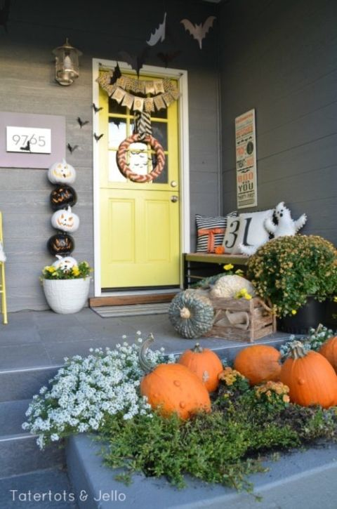 Boo-tiful Porch Halloween Ideas and Patio Inspiration Halloween - fun halloween ideas