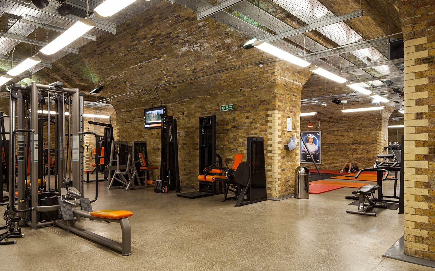 Sea design group fitness for less architectural for Best home gym design ideas