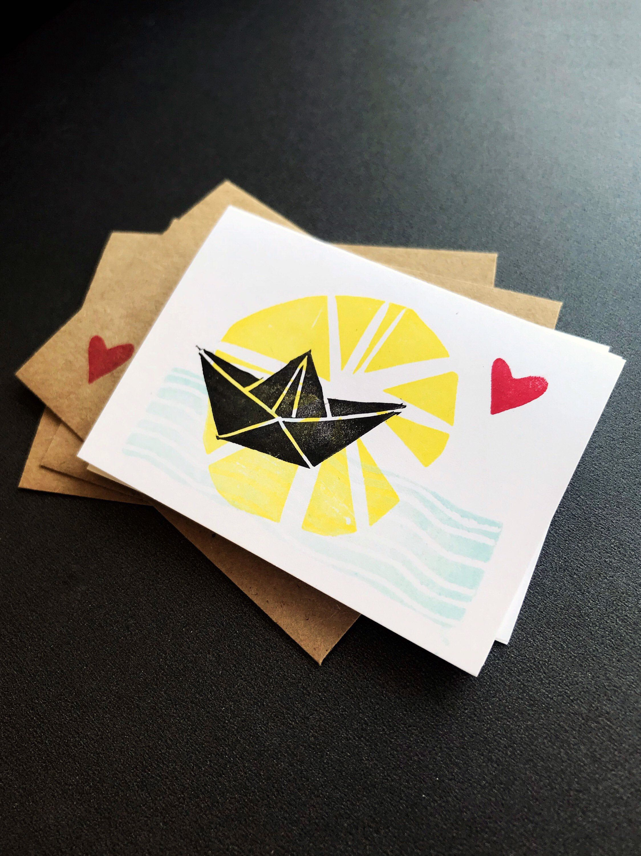 Photo of Handmade Mini Card Set – Origami Boat with Heart Cards + Envelopes – Gift Card Holder / Gift Tag – Hand-Carved Stamp – Boat on the Sea