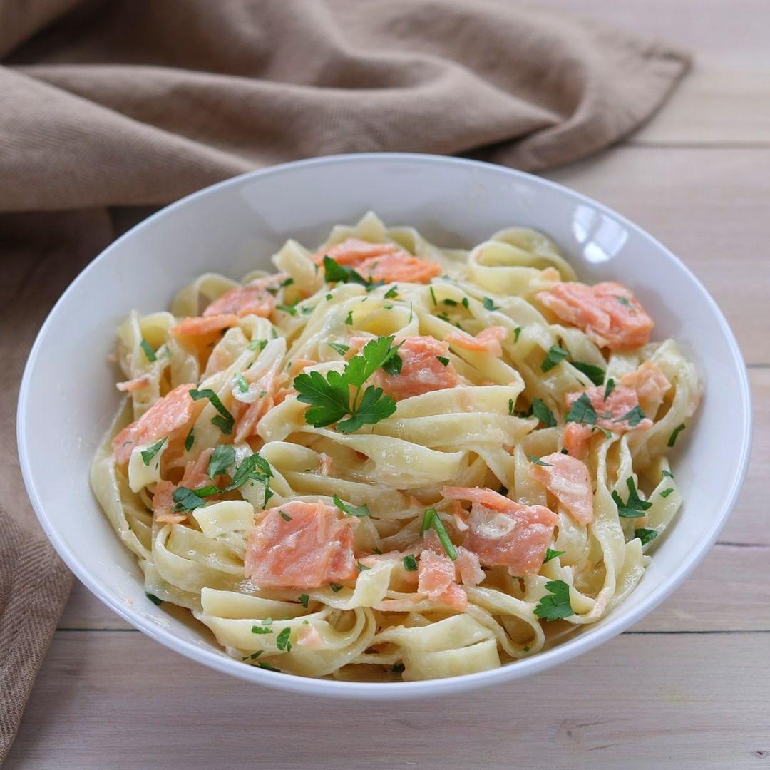 8768d1027d7bacb9b1e0970fd8532fe3 - Pasta Al Salmone Ricette