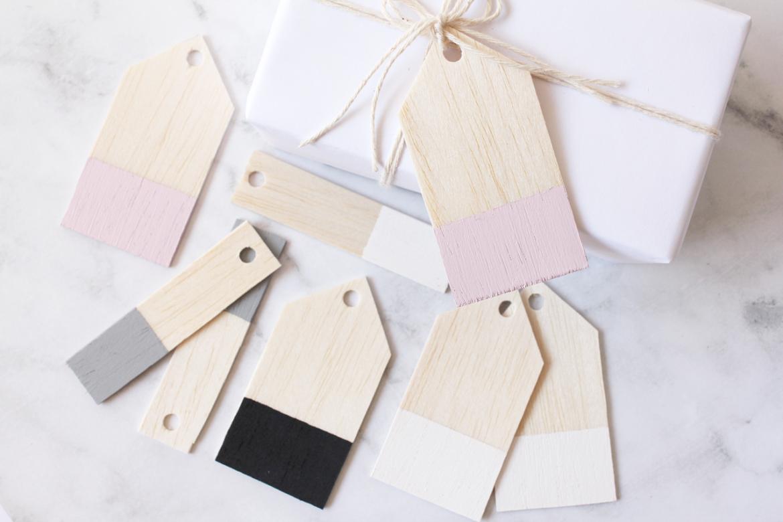 Easy Diy Balsa Wood Gift Tags Wood Gifts Balsa Wood Crafts Gift Tags