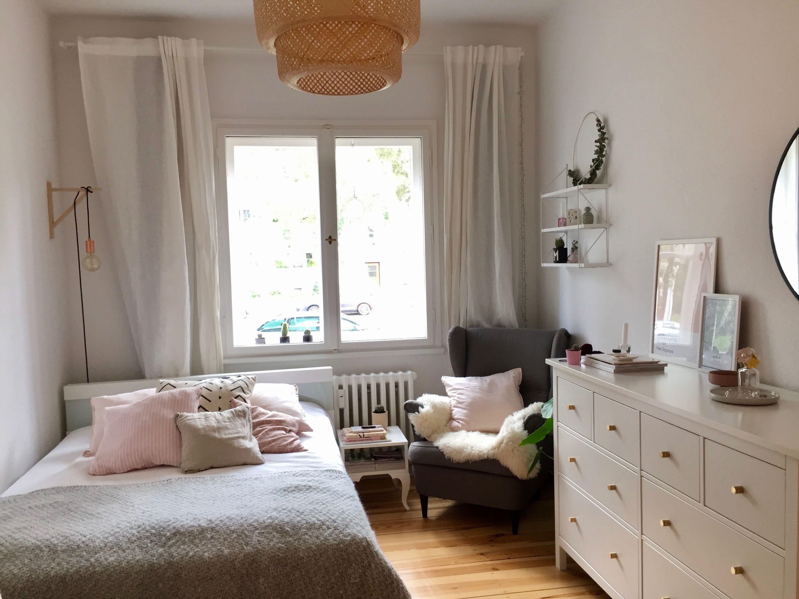 Ein Traum In Weiss Rosa Und Grau Dieses Wg Zimmer Ist Einladend