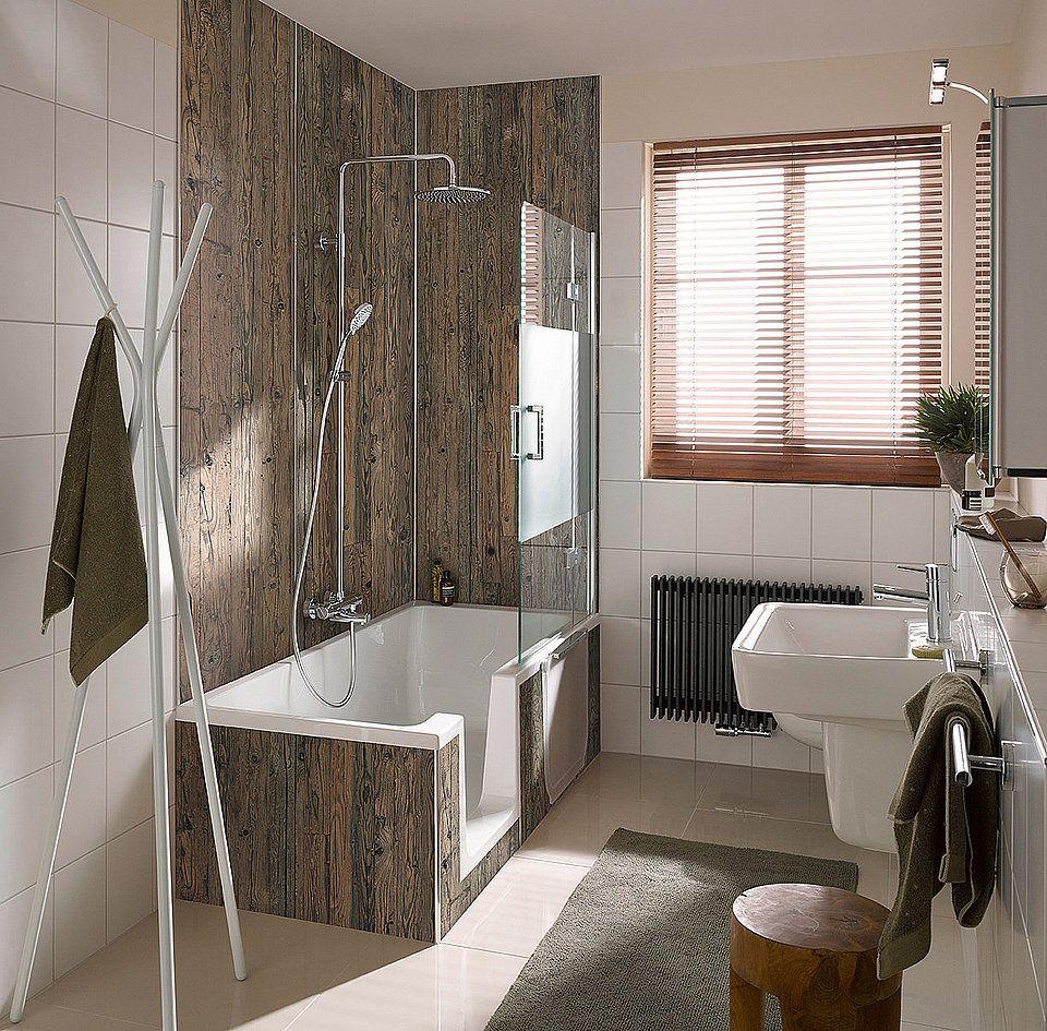 Kombinationen Aus Dusche Und Badewanne Sind Ideal Fur Kleinere Bader Die Wanne Hier Hat Zudem Noch Eine Seite Barrierefrei Bad Badezimmer Klein Duschbadewanne