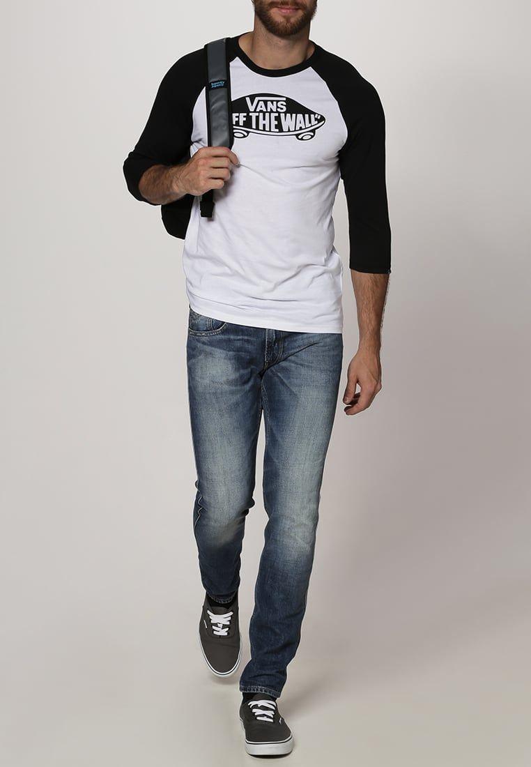 f987301118d ¡Consigue este tipo de camiseta manga larga de Vans ahora! Haz clic para ver