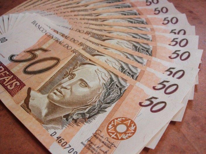 Contribuintes que se inscreverem no PPI até 30 de abril podem parcelar ou saldar dívidas do IPTU, ISS ou outros impostos ou taxas.