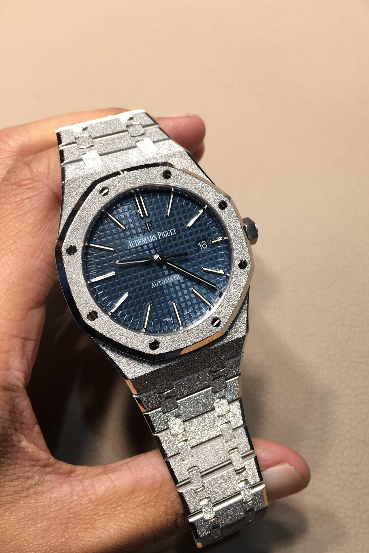 4d4e06c36ce7 Why was Audemar Piguet s CEO wearing a frosted white gold Royal Oak on the  morning of day one at SIHH 2017  Mr. Bennahmias explains his sparkling  decision.