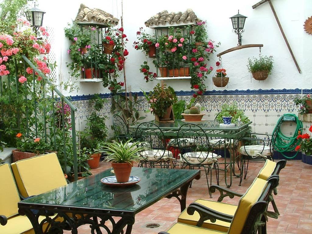 Patios cordobeses patios andaluces patios cordobeses for Diseno de fuente de jardin al aire libre