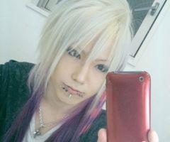 visual kei - long hair man