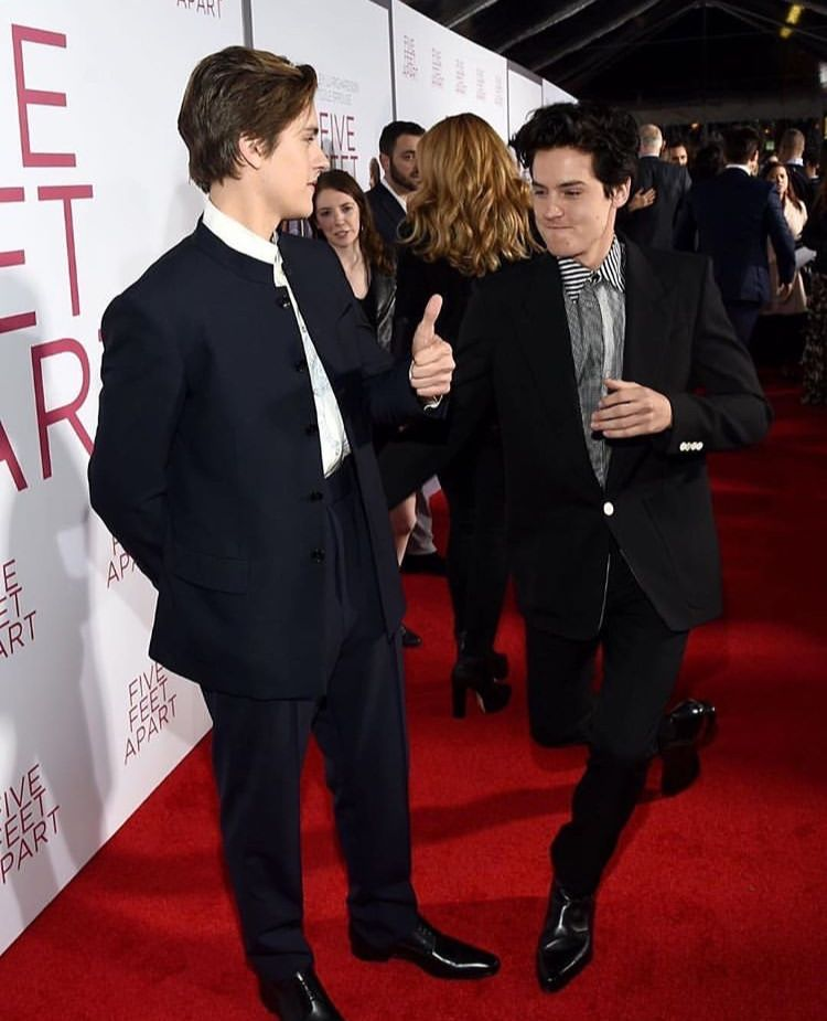 Cole And Dylan At The Five Feet Apart Premiere In 2019
