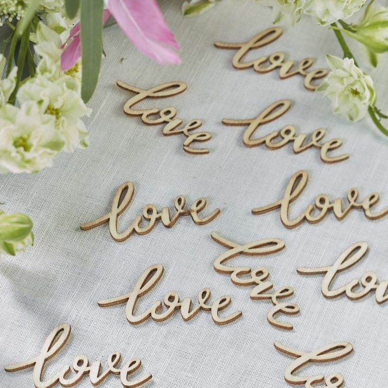 Puinen Love -konfetti