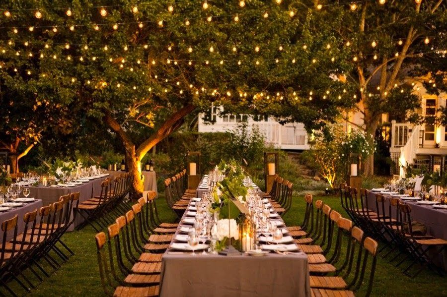 Pros And Cons Of Outdoor Wedding Venues: Gray Cat Vintage: Pros And Cons Of Using A Barn For Your