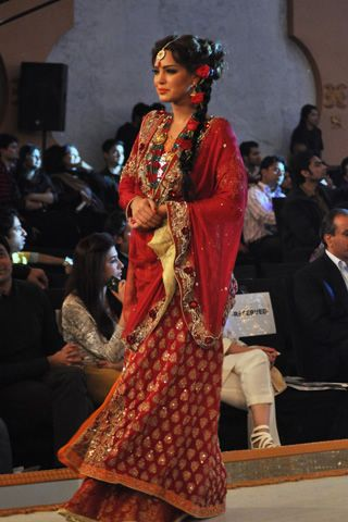 #pantenebridalcoutureweek2013 #bridalcouture  Hajra Hayat Latest PBCW 2013 Collection