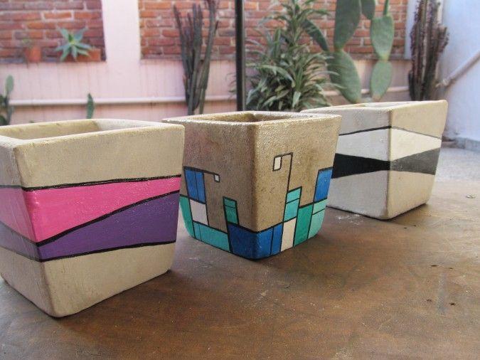 Macetas de cemento pintadas a mano decoraci n for Macetas de cemento