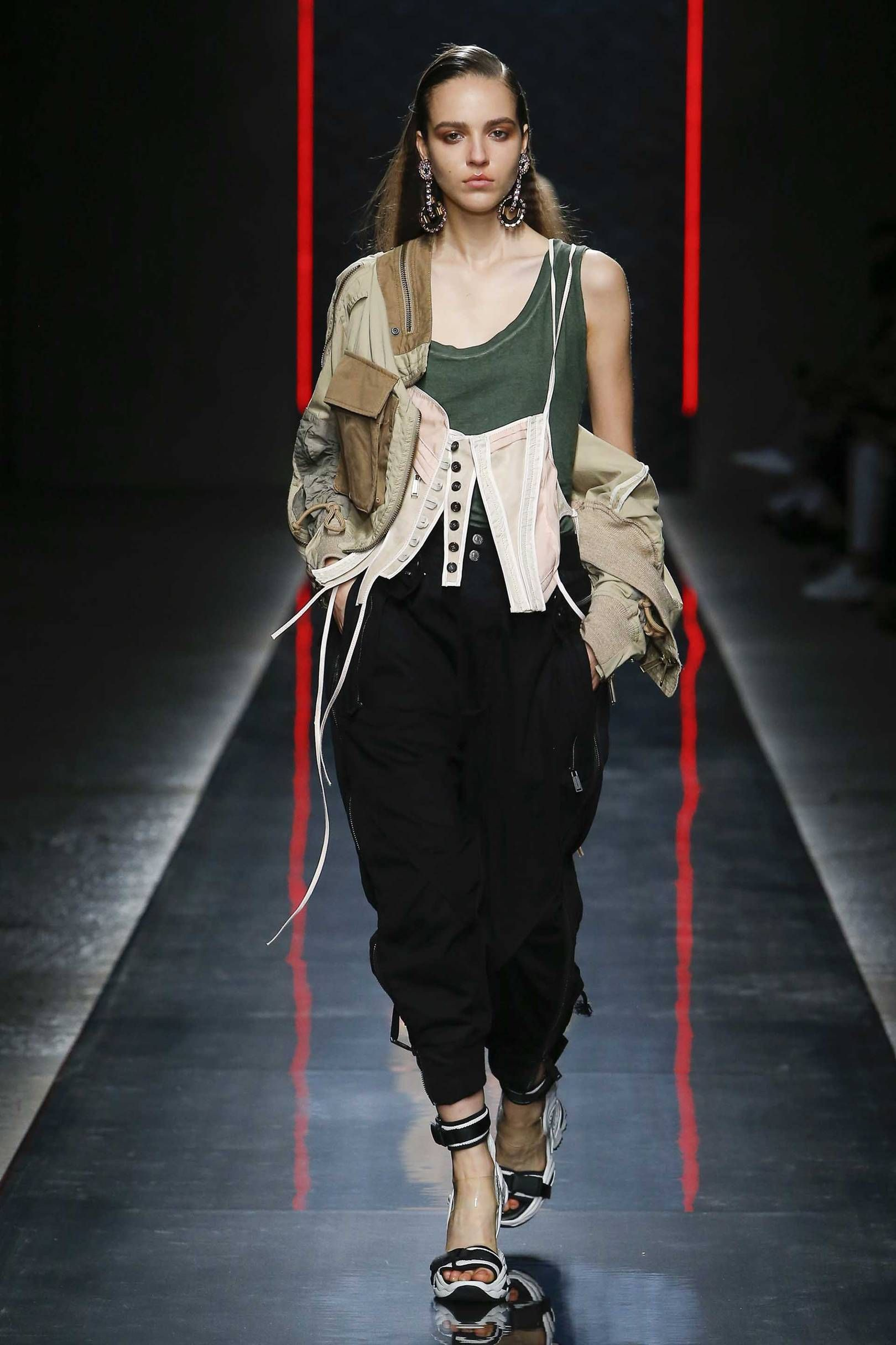 pics Dsquared2 SpringSummer 2019 Collection Offers '80s Strong Sleeves
