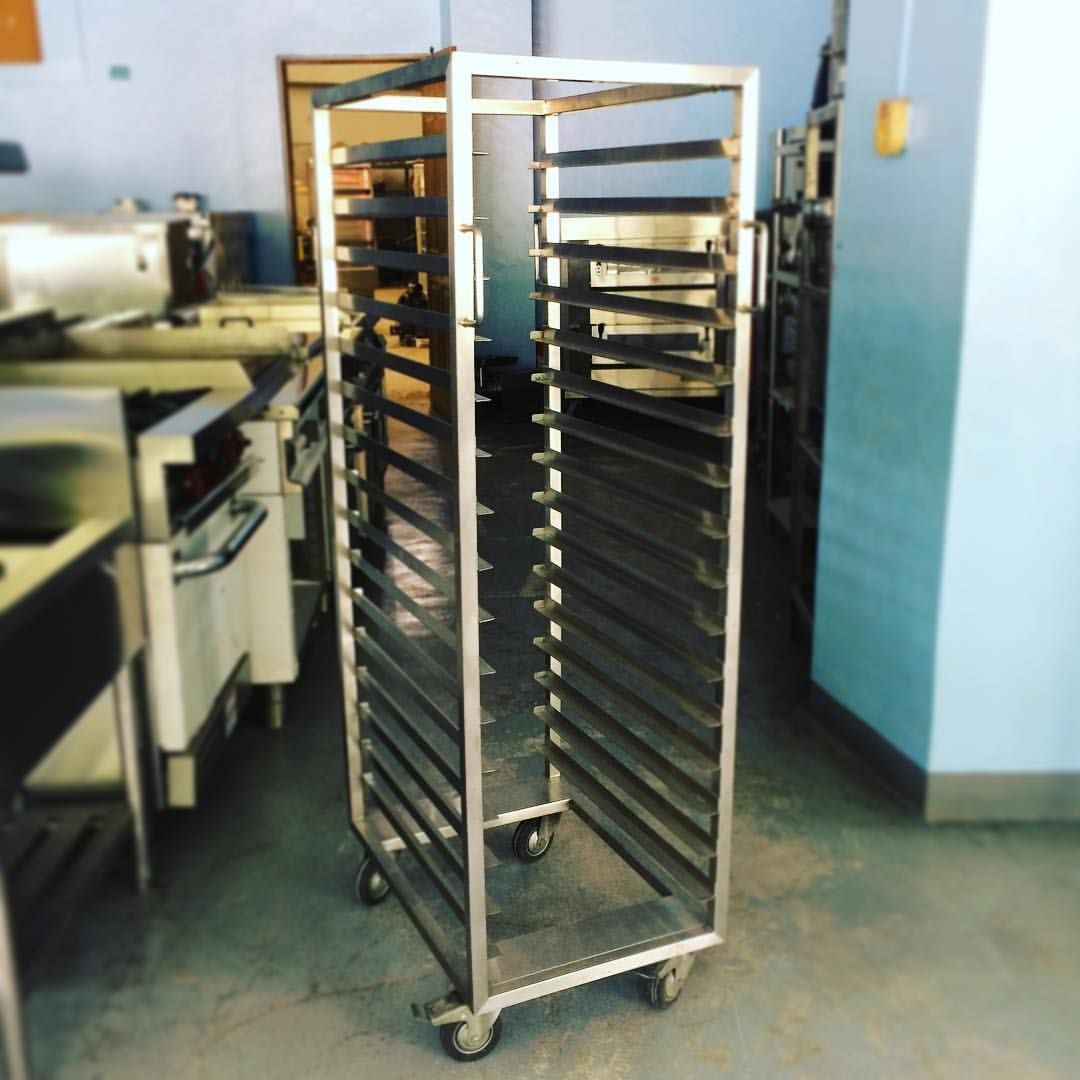 Stainless Steel Mobile Cooling Rack For Your Oven Baked Products