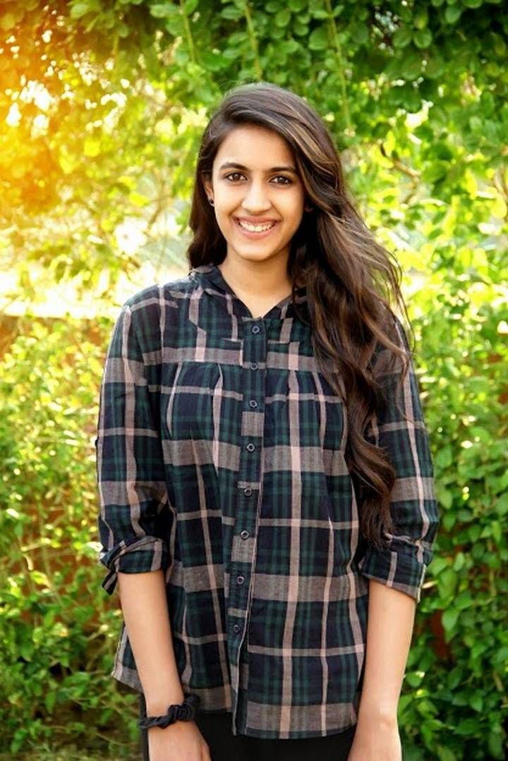 Telugu Anchor Niharika Stills In Black Shirt (With images