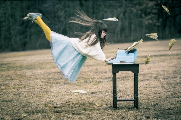 Levitation Photography | Optical Illusions // Gifs | Pinterest ...