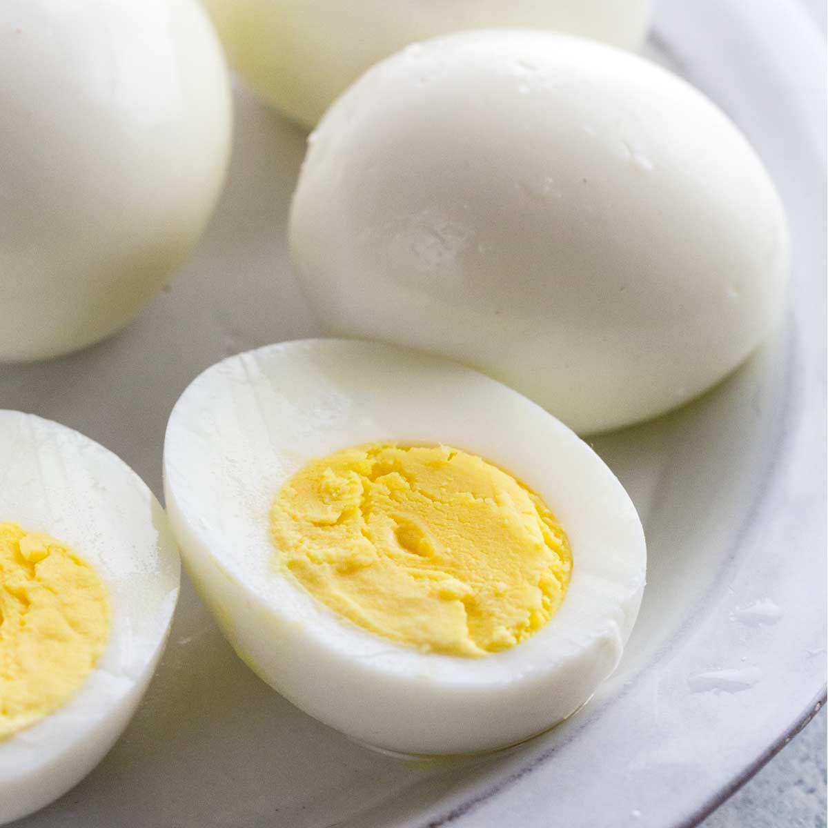 Boiled Egg It A Great Source Of Digestible Protein Riboflavin And Selenium For Some Dogs That Are Prone To Digestive In 2020 Egg Masala Boiled Eggs Boiled Egg Diet