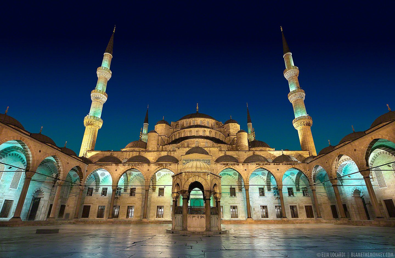 The Majestic Courtyard Istanbul Turkey Blue Mosque Istanbul Blue Mosque Istanbul Pictures