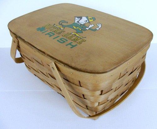 University Notre Dame Vintage Picnic Basket Large Woven Spirit Fighting Irish