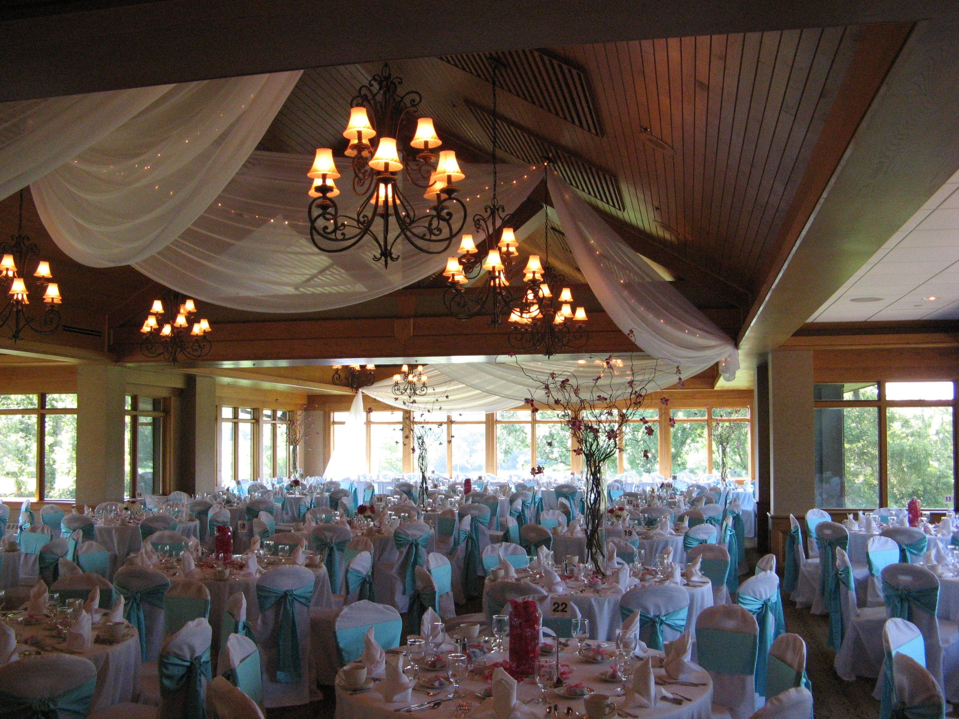 Mendakota country club chair covers with tiffany blue sashes from chair covers with tiffany blue sashes from linen effects minneapolis junglespirit Image collections