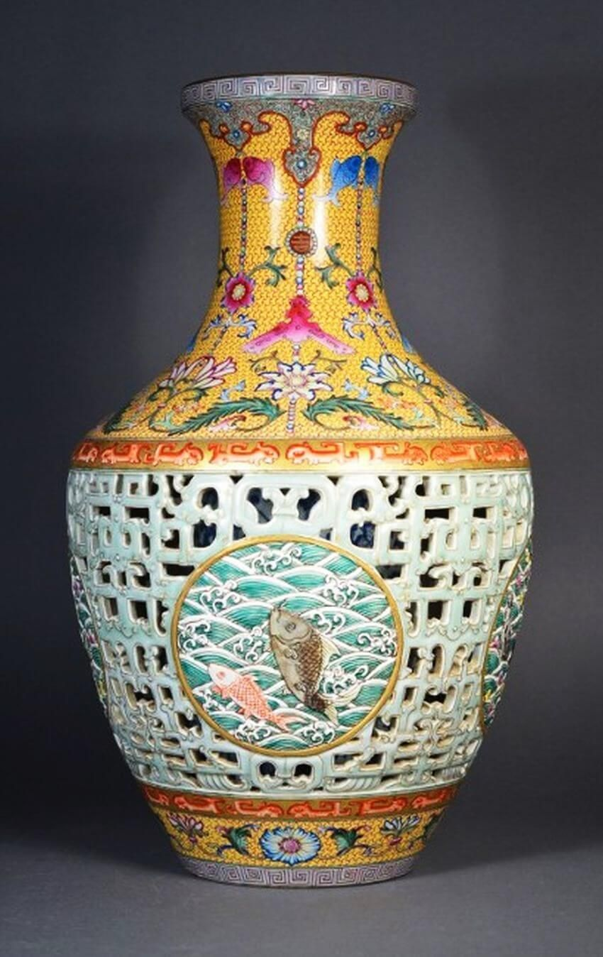 Top 7 Most Expensive Vases in the World - EALUXE.COM  Vase
