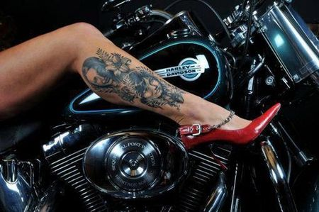 Sexy red heels wallpaper sexy tattoo tattoo red legs for Scottsdale harley davidson tattoo