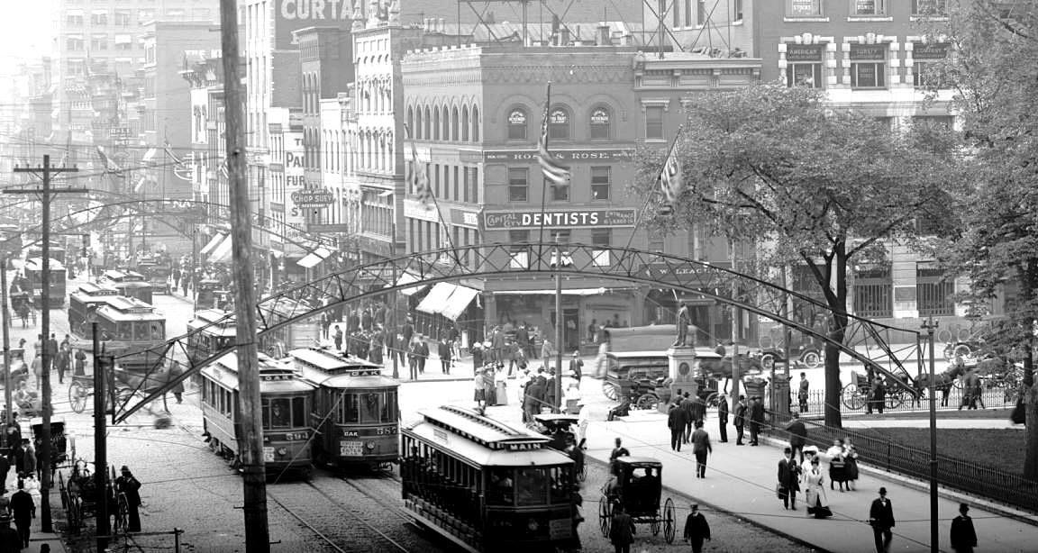 Broad and High Columbus, Ohio 1910. Ohio history