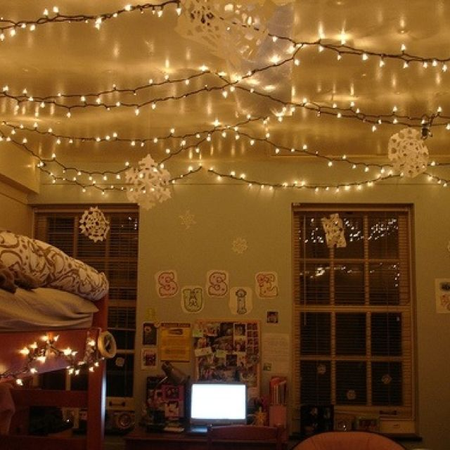 light college apartment rooms. 66 Inspiring Ideas For Christmas Lights In The Bedroom  Dorm LifeCollege