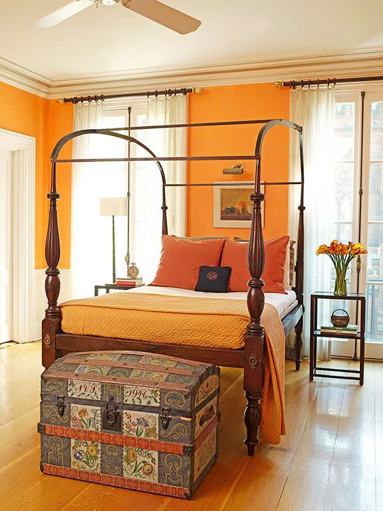 What Colors Go with Orange? Bedrooms, Awesome beds and Trunk - Orange Bedrooms