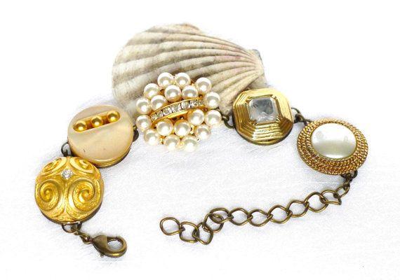 Statement Armband Perlen Armband Knopf Armband Ohrring von LonasART