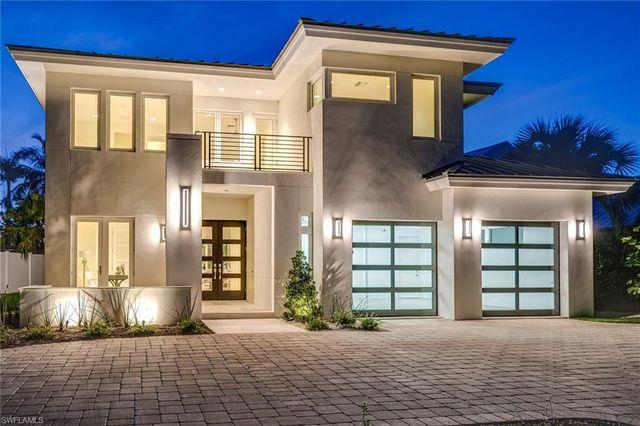 1187 10th Ave N Naples Fl 34102 Realtor Com Luxury Homes