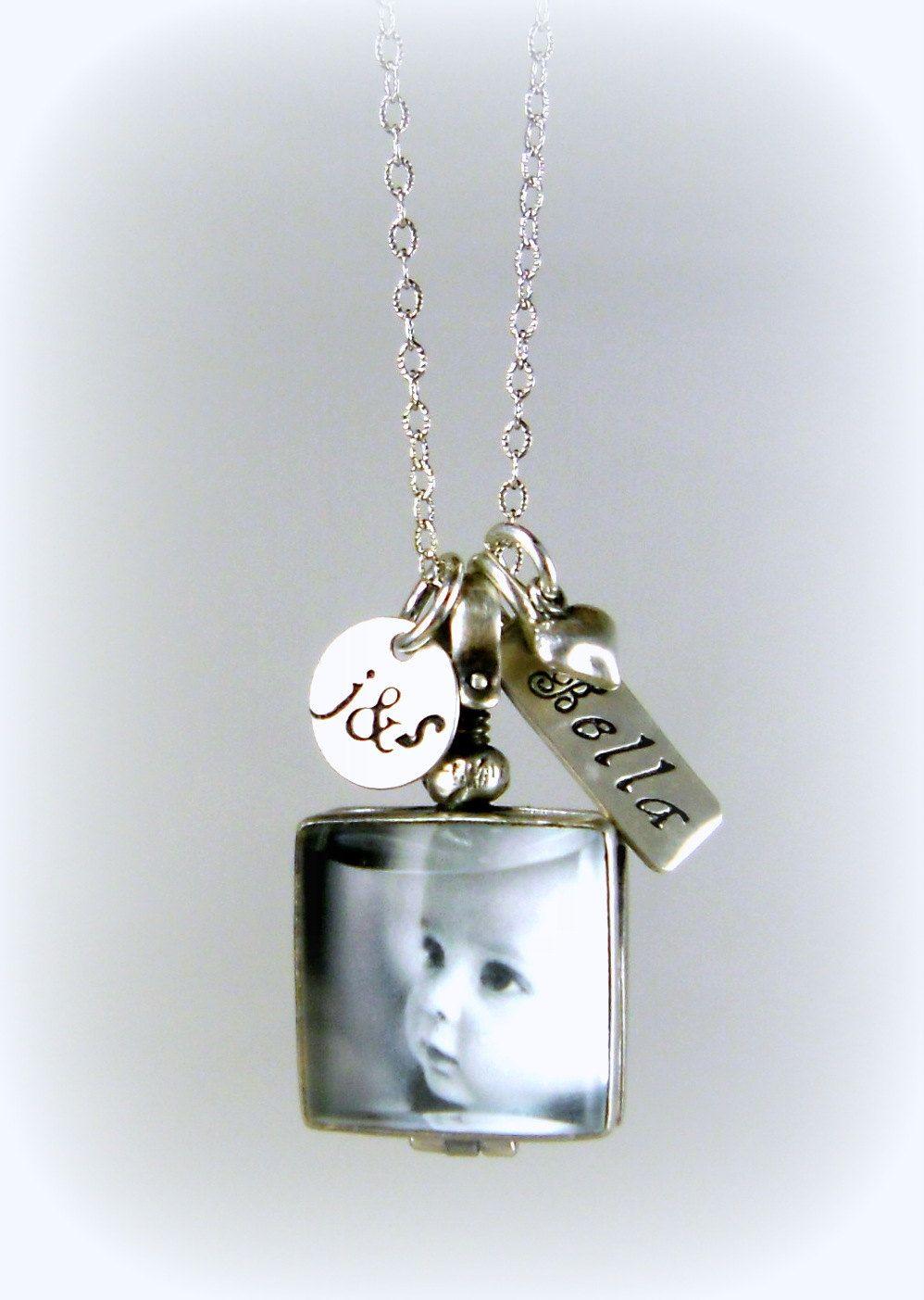 Unique Locket Baby Necklace For Mom Photo Locket New