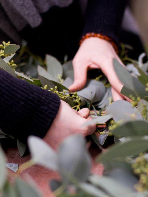 http://www.houzz.com/ideabooks/5879905/list/Make-a-Long-Lasting-Eucalyptus-Holiday-Wreath