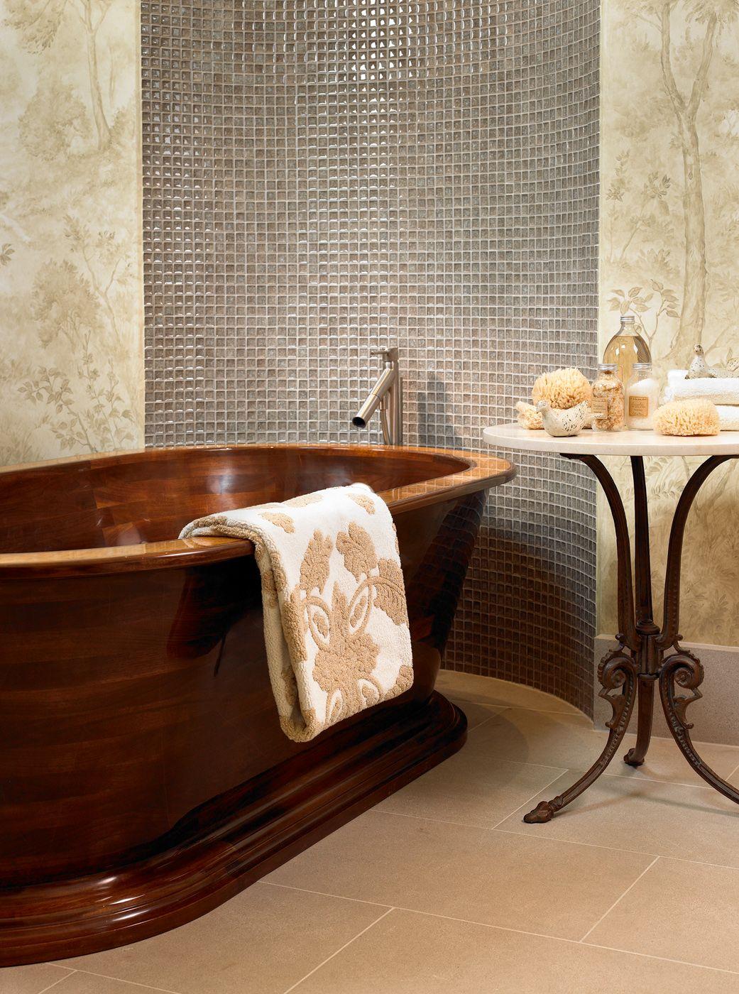 Walnut Bathtub With Birdseye Maple Inlay Rim, Finished with An Epoxy ...